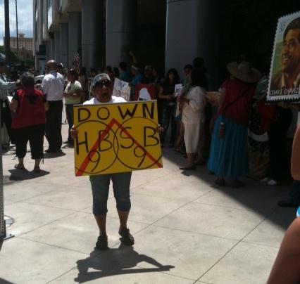 SB9 Protester